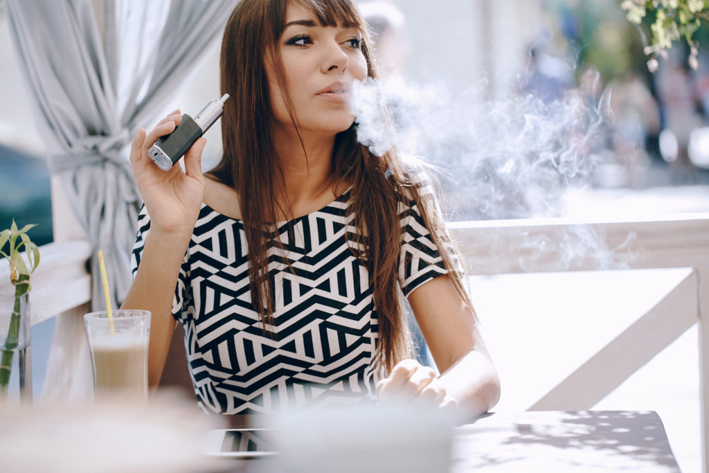 Vaping and Plastic Surgery - A Bad Combination